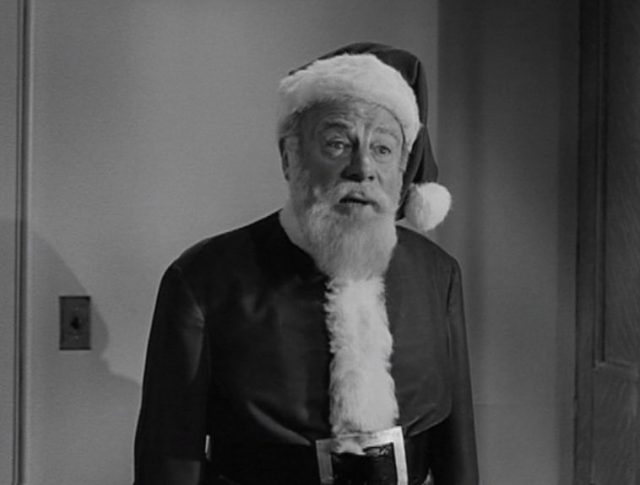 MIRACLE ON 34TH STREET-02