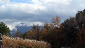 富士山と周辺の紅葉