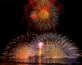 第70回諏訪湖祭湖上花火大会
