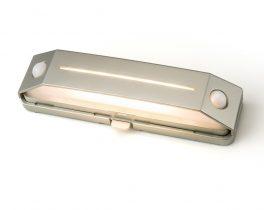<プレゼント>人感センサー付き 屋外LEDライト フットタイプ